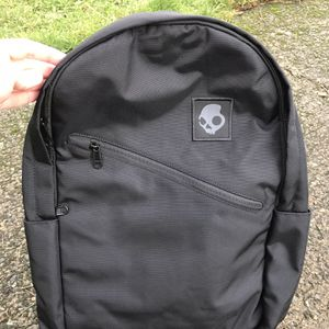 Skull Candy Commuter Everyday Backpack for Sale in Covington, WA