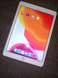 Apple ipad Air Like New for Sale in S CHESTERFLD, VA