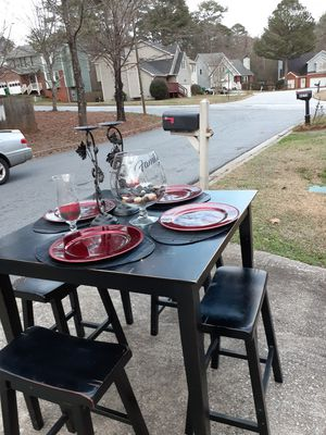 Beautiful Black Counter Height Dining Room Table for Sale in Norcross, GA