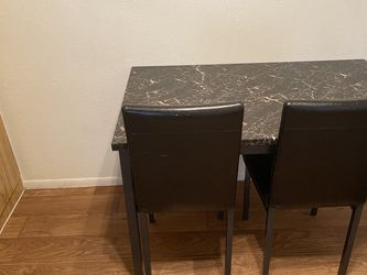 Dining Table w/4 Chairs for Sale in Phoenix,  AZ