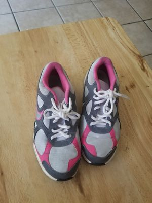 Nike size 6 for Sale in Los Angeles, CA