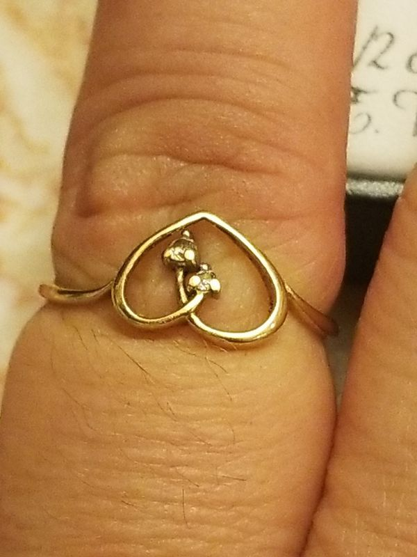 BEAUTIFUL GOLD WITH DAIMOND HEART RING WITH MATCHING PENDANT
