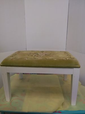 foot stool for Sale in Saugus, MA