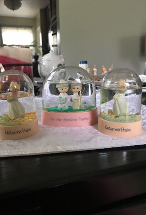 Precious moments water globes for Sale in Middleburg Heights, OH
