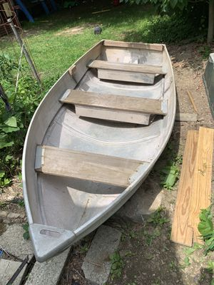 Aluminum row boat for Sale in Kent Cliffs, NY