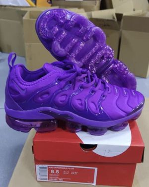 Nike vapormaxs /Shipping only for Sale in Arlington, VA
