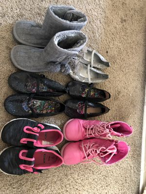 Toddlers shoes for Sale in Los Banos, CA