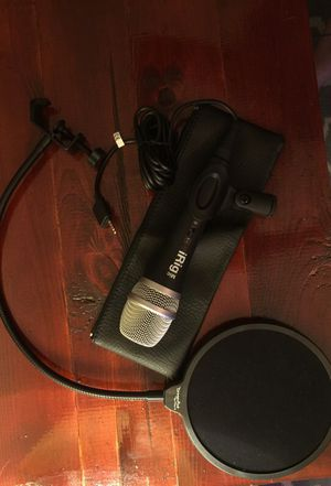 iRig Microphone for phone or tablet, plus pop filter for Sale in Alexandria, VA
