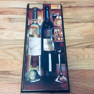 Wine wall decor panel, mirror background accent. for Sale in Eastchester, NY
