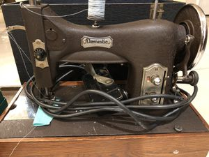 Antiques sewing machine for Sale in Anaheim, CA