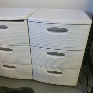 Two Sturahe Sterilite Drawers for Sale in Rancho Cucamonga, CA