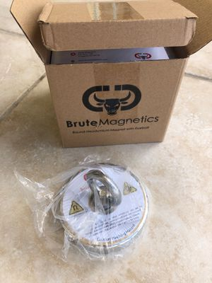 Fishing Magnet 800lb pull brand new never used for Sale in SUNNY ISL BCH, FL