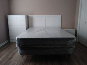 Queen bedroom set everything new in the box for Sale in Tampa, FL