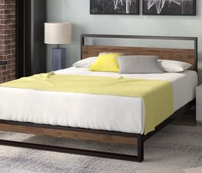 Pauletta Platform Bed for Sale in Frisco,  TX