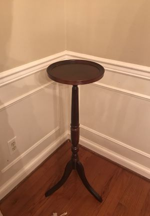 Antique plant stand for Sale in Millersville, MD
