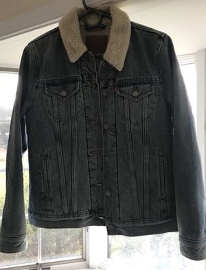 The Sherpa trucker jacket (Levi's) for Sale in Gainesville, VA