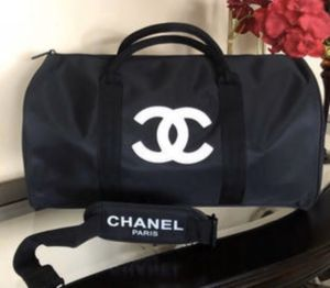 NEW CHANEL DUFFLE BAG for Sale in Rancho Cucamonga, CA
