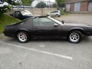 1986 Chevy camaro Z28 , 350 4 bolt main , 5 speed , for Sale in Danbury, CT