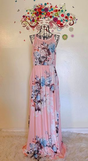 Very Comfortable Floral Blush Maxi Dress for Sale in Irvine, CA