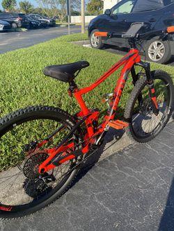 2018 Giant Anthem 2 Bike for Sale in Miami, FL