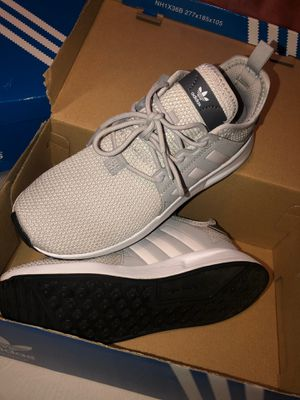 Adidas shoes size 2Y for Sale in Sylmar, CA