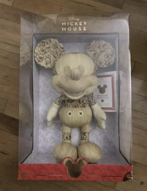 Limited Edition🔥Disney Animator Mickey Mouse Plush Amazon Exclusive for Sale in Perris, CA