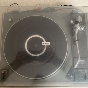 Pioneer Turntable - PL112D for Sale in Garden Grove, CA