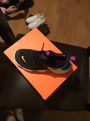New nike rn size 5,5 for Sale in Los Angeles, CA