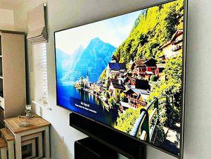LG 60UF770V Smart TV for Sale in Friesland, WI