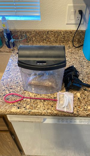 1.5 gal starter fish tank for Sale in Escondido, CA
