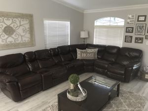 Recliner sectional for Sale in Miami, FL