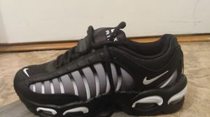 Air max tail size 7.5 for Sale in Adelphi, MD