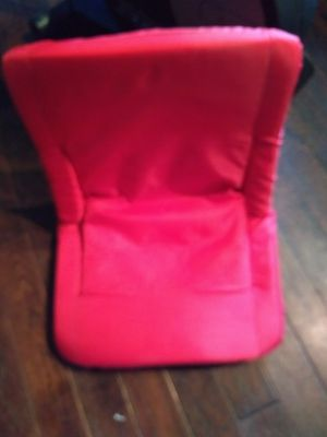 Picnic Time Portable Recliner/Arm Rests Stadium Chair for Sale in Snohomish, WA