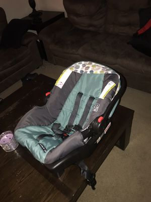 graco click connect car seat for Sale in Bloomington, IN