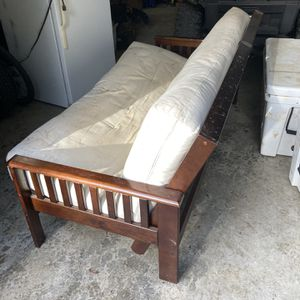 Free Futon for Sale in Snoqualmie, WA