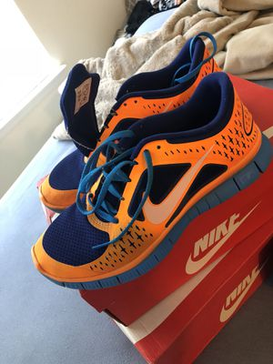 Custom Personalized Nike Flynit Trainers men's size 9 for Sale in Rockville, MD