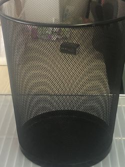 Black Trash Can for Sale in Aurora,  CO