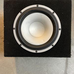 "10"" Alumapro subwoofer In enclosed box car audio JL Kicker for Sale in Santa Ana, CA"