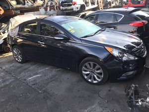 2011-2014 Hyundai Sonata parts for Sale in Hialeah, FL
