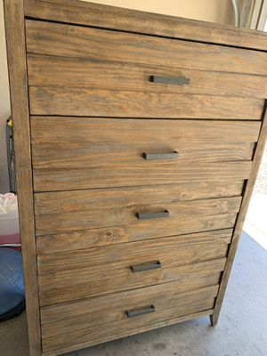 Dresser for Sale in Mesa, AZ