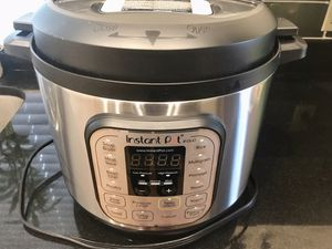 Instant Pot Duo 80 for Sale in Austin, TX