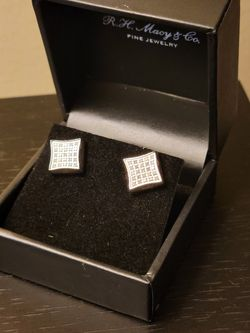White Diamond Earrings for Sale in Silver Spring,  MD