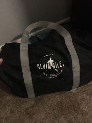 Duffle bag for Sale in Fort Worth, TX