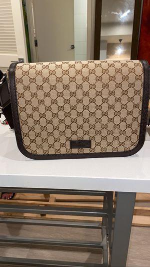 Gucci Cross Body bag for Sale in Irvine, CA