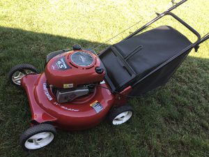 Lawn mower CRAFTSMAN FOR SALE for Sale in Pomona, CA