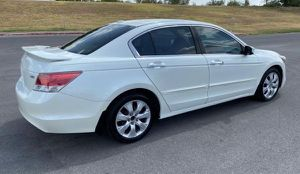 2008 Honda Accord EX-L Mirrors/locks.🔑 89,800 miles for Sale in Newport News, VA