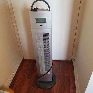 Brookstone Air Purifier Tower Fan for Sale in Brooklyn, NY