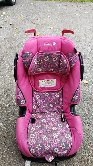 Free - Safety 1st booster seat for Sale in Coupeville, WA