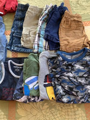 25 pieces boys clothes size 3t and 5t for Sale in Annandale, VA
