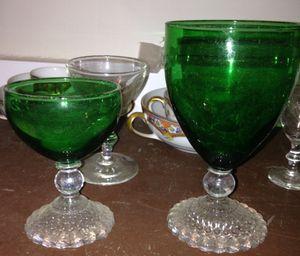 ANTIQUE EMERALD BOOPIE GLASS for Sale in Bonneau, SC